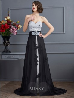 A-Line Sweetheart Chiffon Sleeveless Sweep/Brush Train Beading Dress
