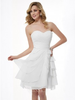 A-Line Sleeveless Sweetheart Pleats Knee-Length Chiffon Bridesmaid Dress