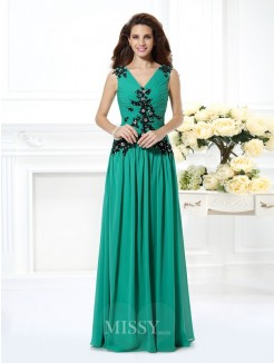 A-Line/Princess Sleeveless V-neck Beading Applique Floor-Length Chiffon Dress