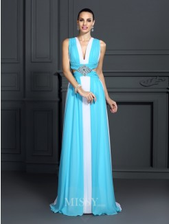 A-Line/Princess Halter Sleeveless Ruffles Sweep/Brush Train Chiffon Dress