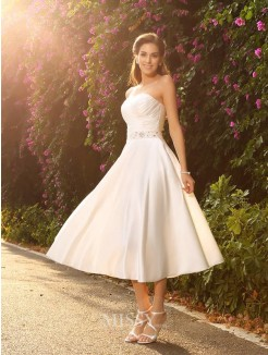 A-Line/princess Sweetheart Satin Sleeveless Tea-Length Beading Wedding Gown