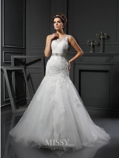 Sheath/Column Sleeveless Scoop Applique Net Court Train Wedding Dresses