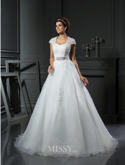 Ball Gown Sleeveless Square Organza Chapel Train Beading Applique Wedding Dress