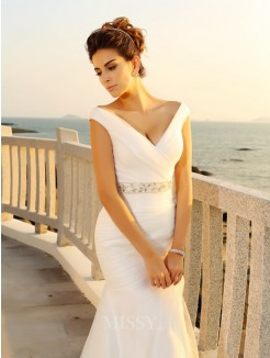 Sheath/Column Pleats Court Train Sleeveless V-neck Net Wedding Dresses
