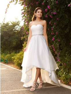 A-Line/Princess Sleeveless Sweetheart Asymmetrical Organza Beading Wedding Gown
