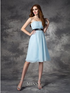 A-line/Princess Strapless Sleeveless Rhinestone Knee-Length Chiffon Bridesmaid Dresses
