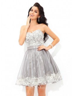 A-Line/Princess Sleeveless Sweetheart Lace Mini Tulle Cocktail Dress