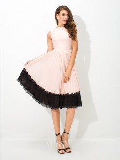 A-Line/Princess Sleeveless High Neck Lace Tea-Length Chiffon Cocktail Dress