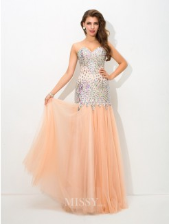 Trumpet/Mermaid Sleeveless Sweetheart Beading Floor-Length Net Dress