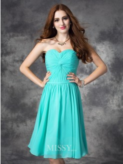 A-line/Princess Sleeveless Sweetheart Ruffles Knee-Length Chiffon Dress