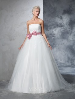 Ball Gown Sleeveless Strapless Net Court Train Bowknot Wedding Gown
