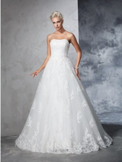 Ball Gown Sleeveless Lace Strapless Court Train Wedding Gown