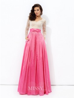A-Line/Princess V-neck Long Sleeves Lace Floor-Length Taffeta Dresses