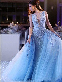 Ball Gown Sweep/Brush Train Sleeveless Scoop Applique Tulle Dresses