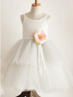 A-Line/Princess Tulle Hand-Made Flower Sleeveless Scoop Knee-Length Flower Girl Dresses