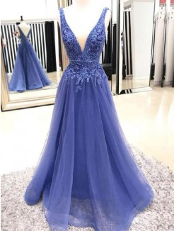 A-Line/Princess V-neck Sleeveless Floor-Length Applique Tulle Dress