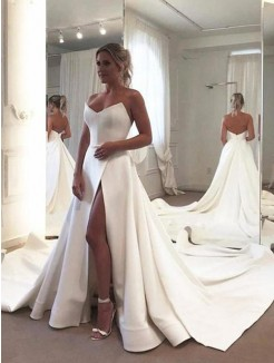 A-Line/Princess Sleeveless Ruffles Sweetheart Stretch Crepe Court Train Wedding Dress