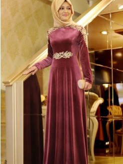 A-Line/Princess Long Sleeves Floor-Length Scoop Ruffles Velvet Muslim Dresses