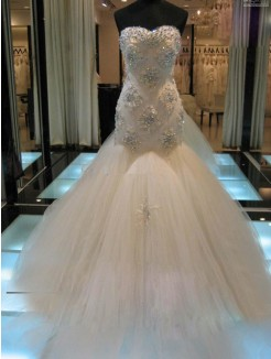 Trumpet Sleeveless Sweetheart Chapel Train Beading Tulle Wedding Dress