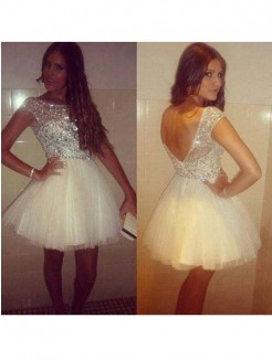 A-Line/Princess Sleeveless Scoop Beading Tulle Short/Mini Prom Dresses