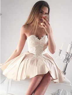 A-Line/Princess Sweetheart Sleeveless Applique Short/Mini Satin Dresses